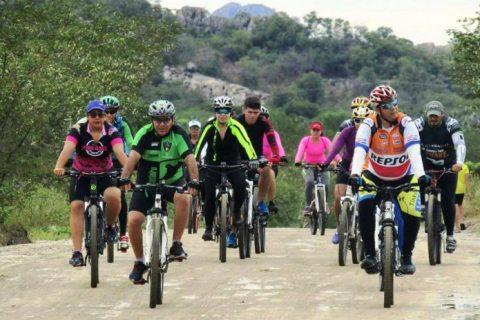 Ciclismo rural cresce nos fins de semana na Terra dos esportes radicais; quem não tem bicicleta pode alugar