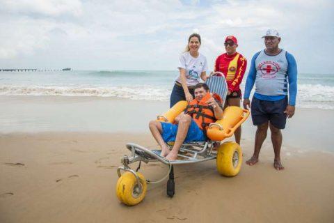 Praia Acessível completa três anos de funcionamento no Ceará