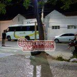 Motorista é baleado durante assalto dentro de transporte coletivo em Morada Nova