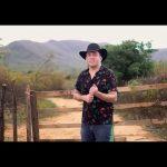Cantor Tony Guerra lança videoclipe gravado em Quixeramobim