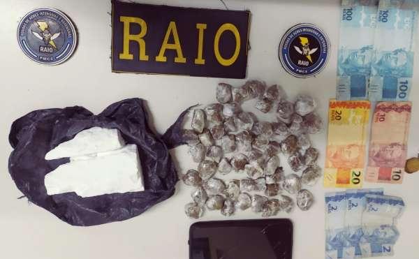 CPRaio da PMCE apreende mais de 400 gramas de drogas em Pedra Branca